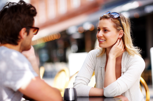 What kind of women do rich men prefer to date?