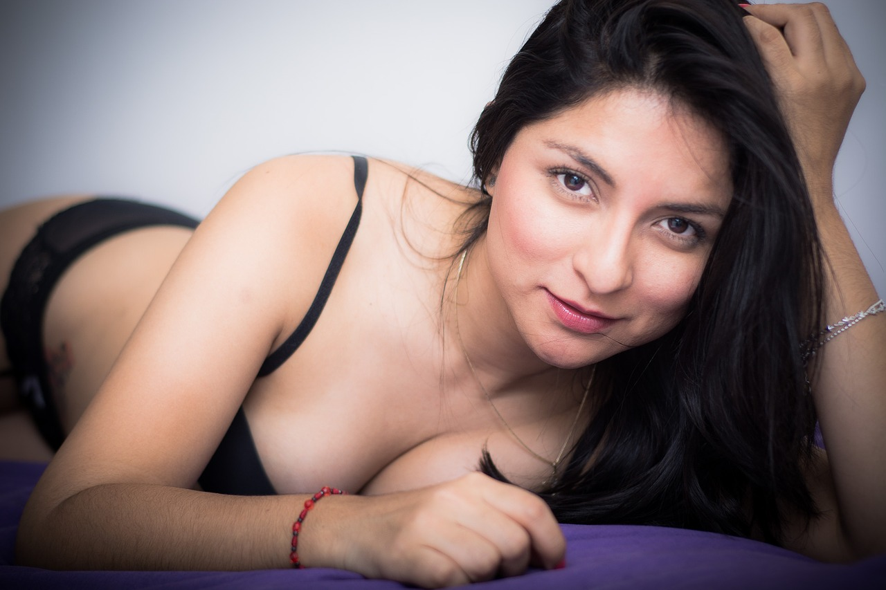 Join The Live Cam Of Khandi Janel At Cam69!